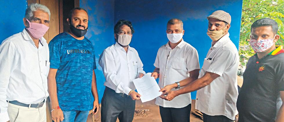 Poor condition of public toilets due to lack of repairs