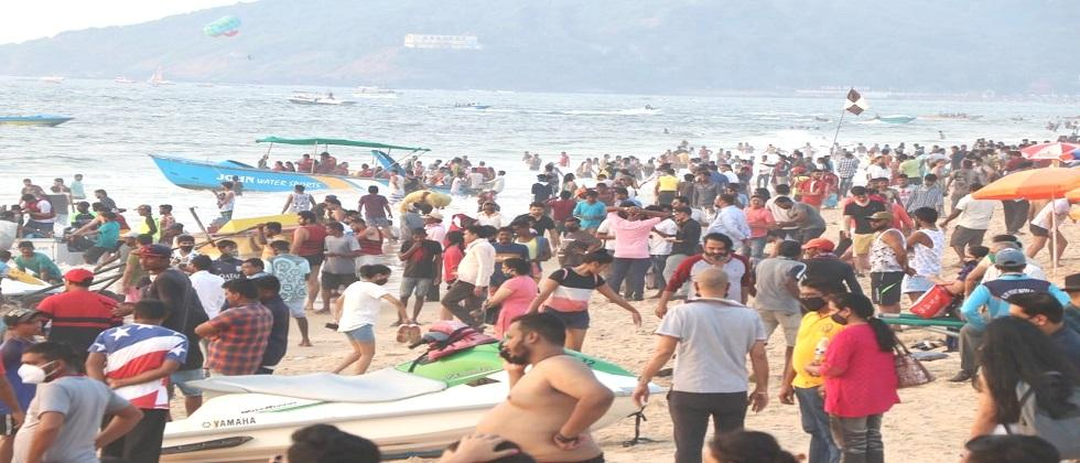 Tourists rushes to the beaches in Goa for Christmas and new year celebration even during the corona pandemic