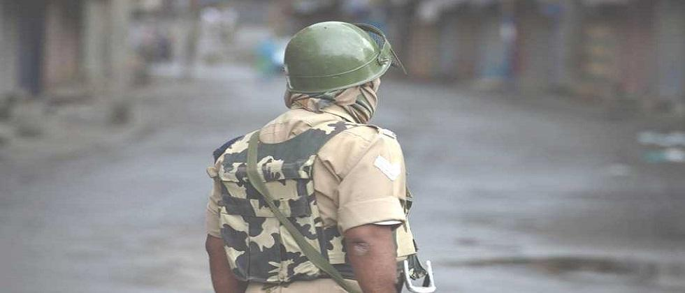 Four Indian soldiers martyred in face-off with terrorists in Machil sector