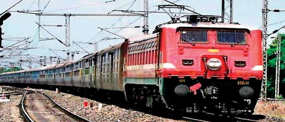 indian railway planning to run 200 more special trains on the occasion of festivals