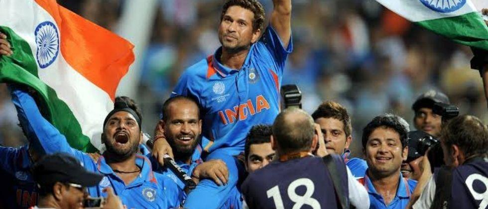 10 years of 2011 world Cup Bollywood actor Farhan Akhtar has tweeted about the 10th anniversary of Indias victory