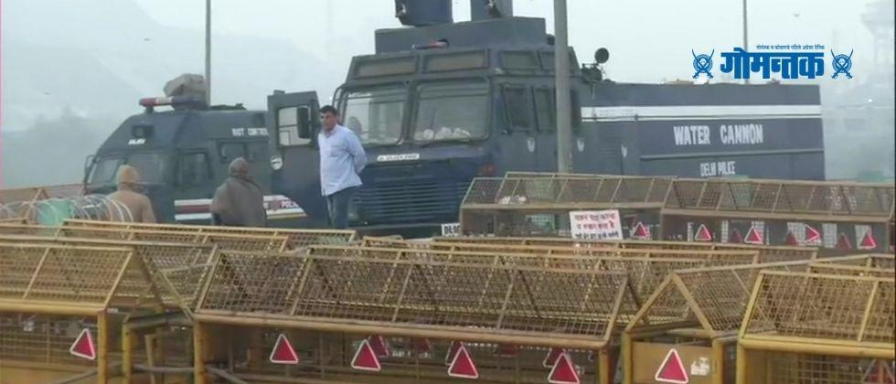 Farmer Protest A full fledged police contingent has been deployed in Delhi to learn from the tractor rally incident