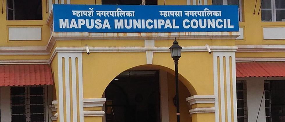 Sudhir Kandolkar alleges Mapusa council diverting fund for land development
