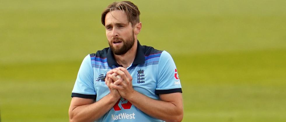 Chris Woakes says players must expect pay reduction after ECB announce job cuts