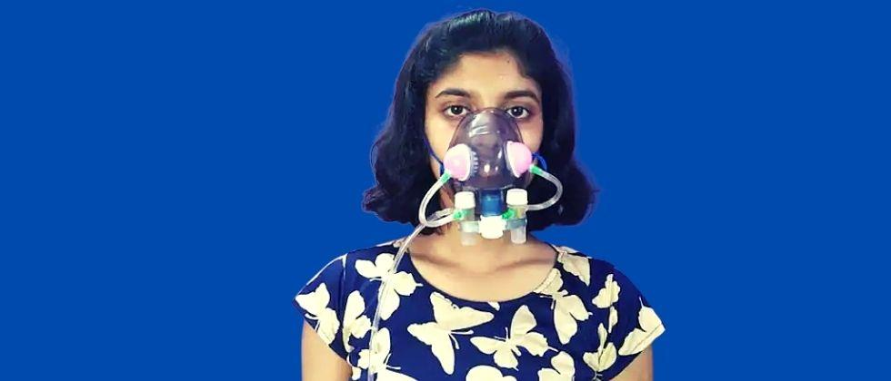 A 12-year-old girl made a mask to destroy the corona virus
