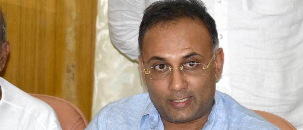 Dinesh Gundu named party in charge of Goa