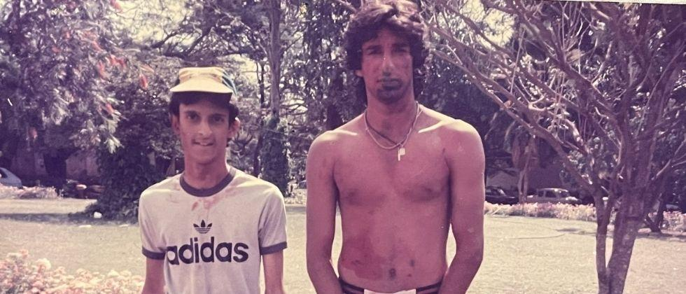 A photo of Pakistans Yaa player playing Holi is going viral Who is he