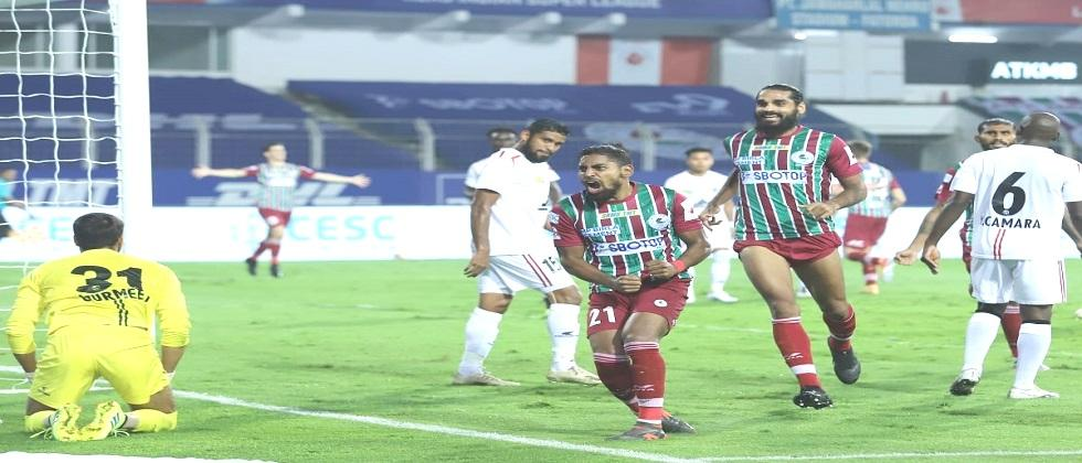 ATK Mohun Bagan beats Northeast United in Indian Super League match played at Jawaharlal Nehru Stadium in Fatorda