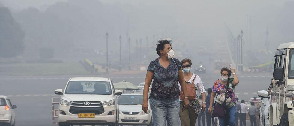Air quality in Delhi which improved yesterday slips back to bad again today