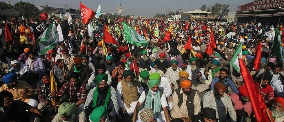 We will block rail across the country Protesting farmers warn central government