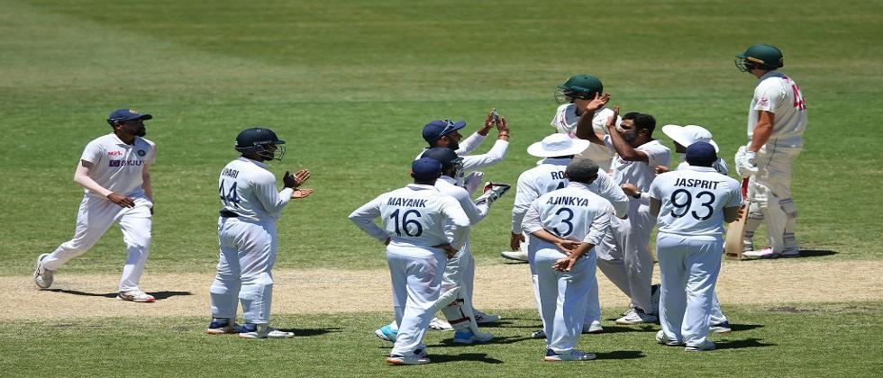 India vs Australia: Indian cricketers racially abused during Sydney Test