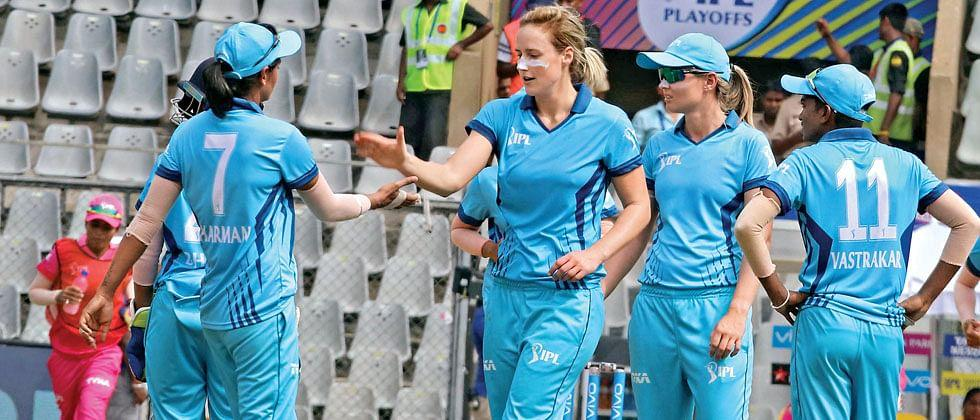 Supernovas beats Trailblazers and enters final of Women's challenge trophy