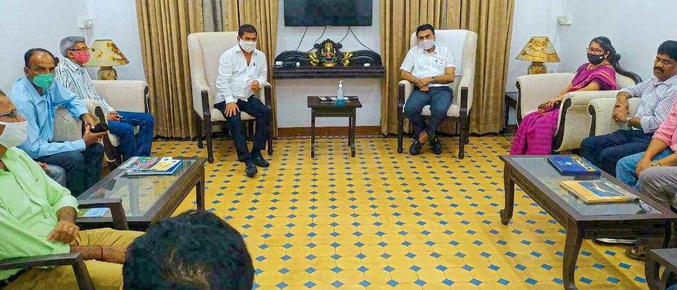 Goa:CM Pramod Sawant handling meeting after recovery by Covid-19