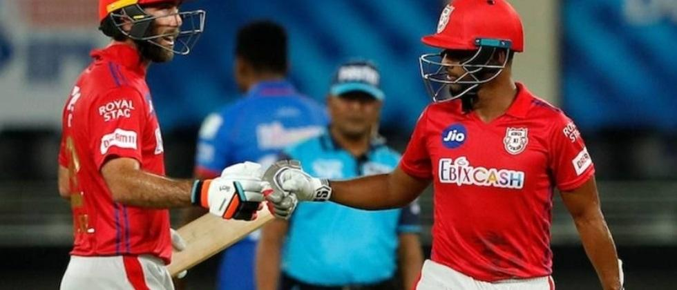 kings xi punjab beats delhi in a crucial game