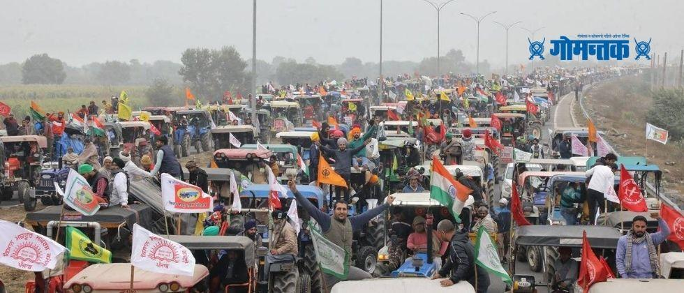 Police use tear gas lathi charge as protesting farmers breach barricades for tractor parade