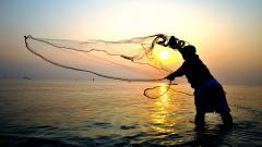 Ban the fishermen at the Raj Bhavan sea area