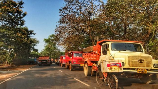 Desiltation work HC directs three mining companies to deposit Rs 65 lakh each