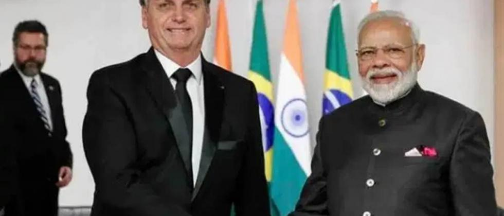 Brazilian Prez Bolsonaro arrives in India both sides to ink 15 pacts on Saturday