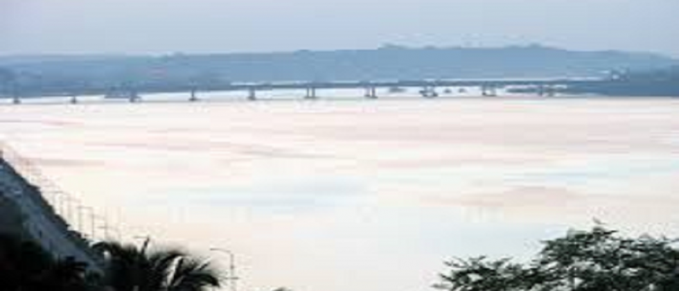 Will the Mandovi River give birth to babies?
