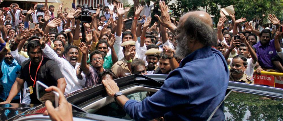 Rajinikanth fans stage protest against fringe outfits