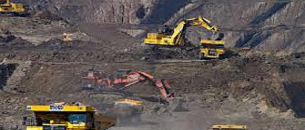 Govt making sincere efforts to resume mining activities: CM