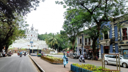 The nation-wide Bharat Bandh failed to live to its fullest potential in Goa on Monday.