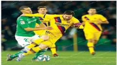 Messi stars in thrilling Barcelona win at Betis