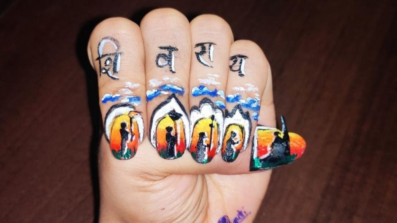 Pictures of Shiva coronation ceremony on nails