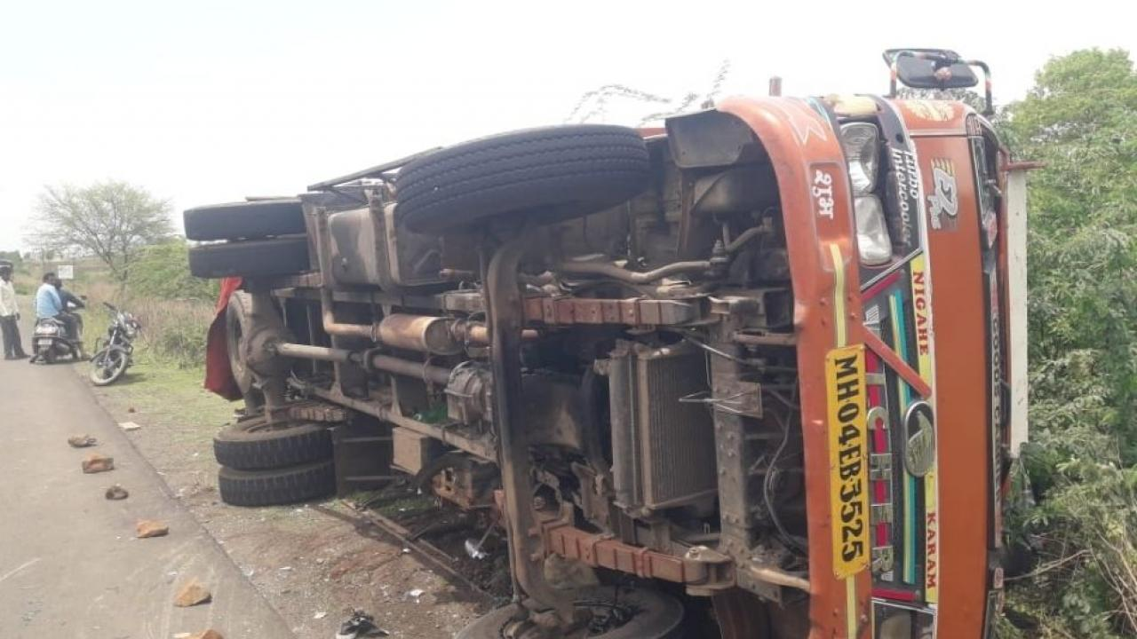 Accident of bridal tempo in Nanded