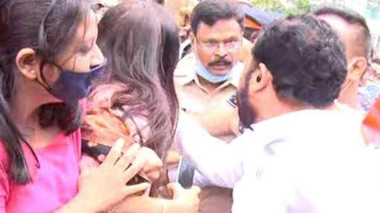 Shiv Sena and BJP workers clash