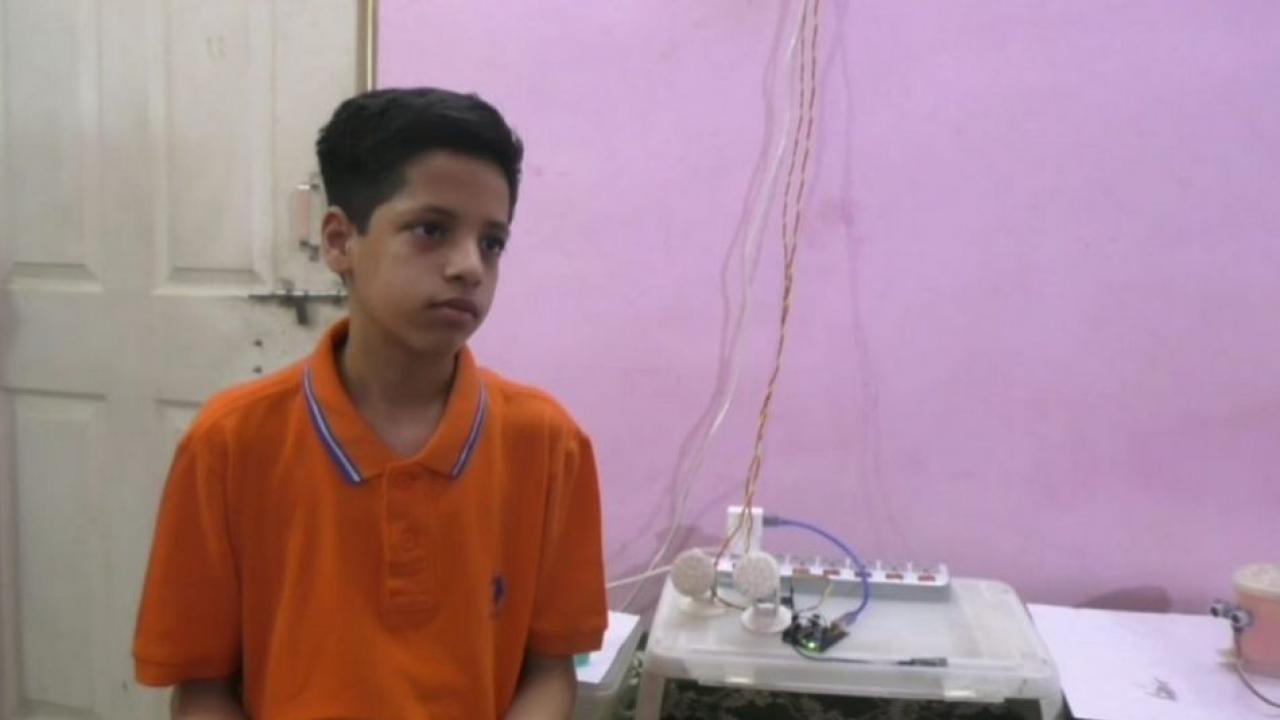 A 13 year old boy made many mechanical devices