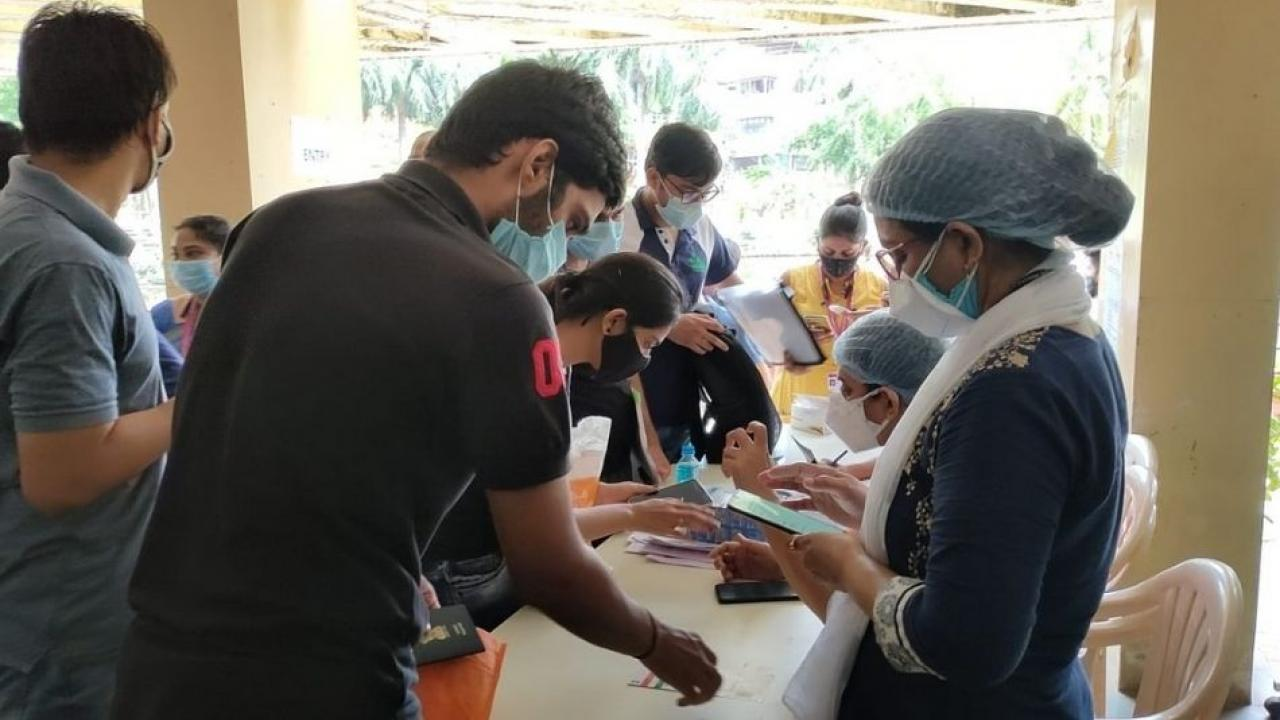 Vaccination campaign for students going abroad
