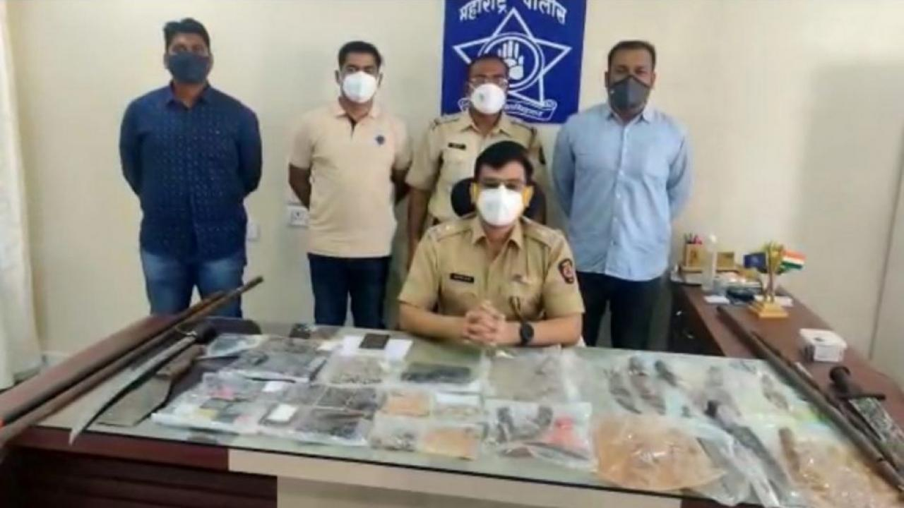 Cobbing operation by Buldhana police