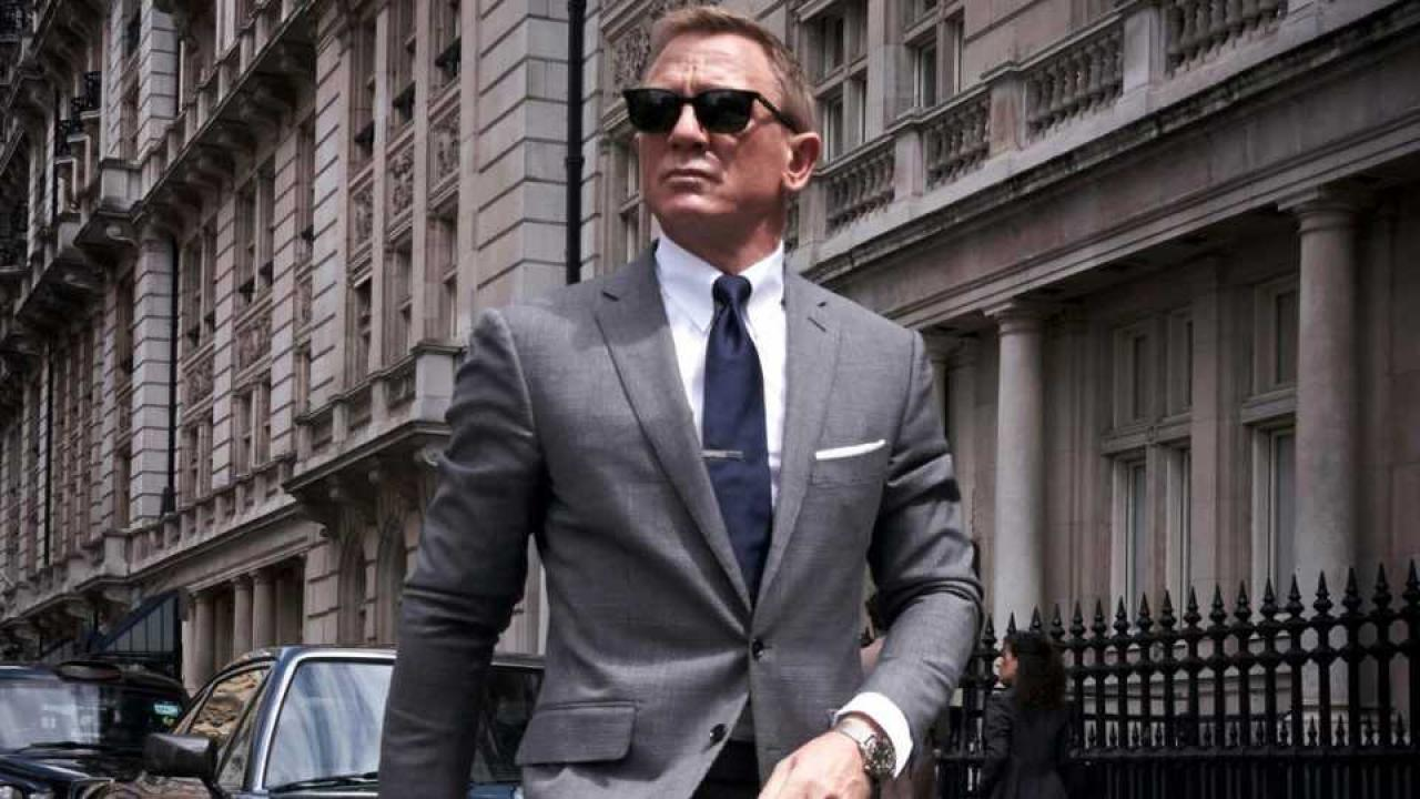 marathi news now james bond also speaks in marathi : watch the fantastic trailor !