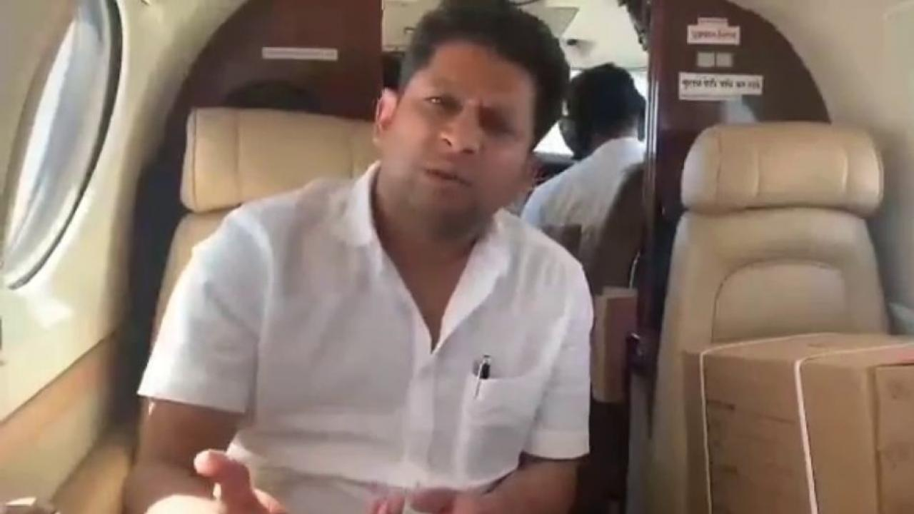 Sujay Vikhe brough remdesivir injection by special Plane to Nagar