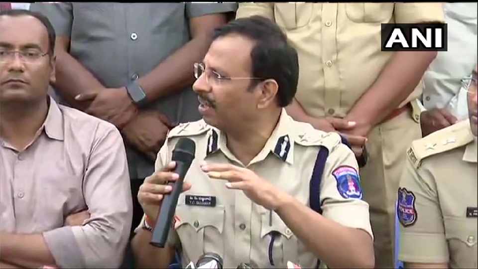 IPS Sajjanar Take Press Conference After Enconture