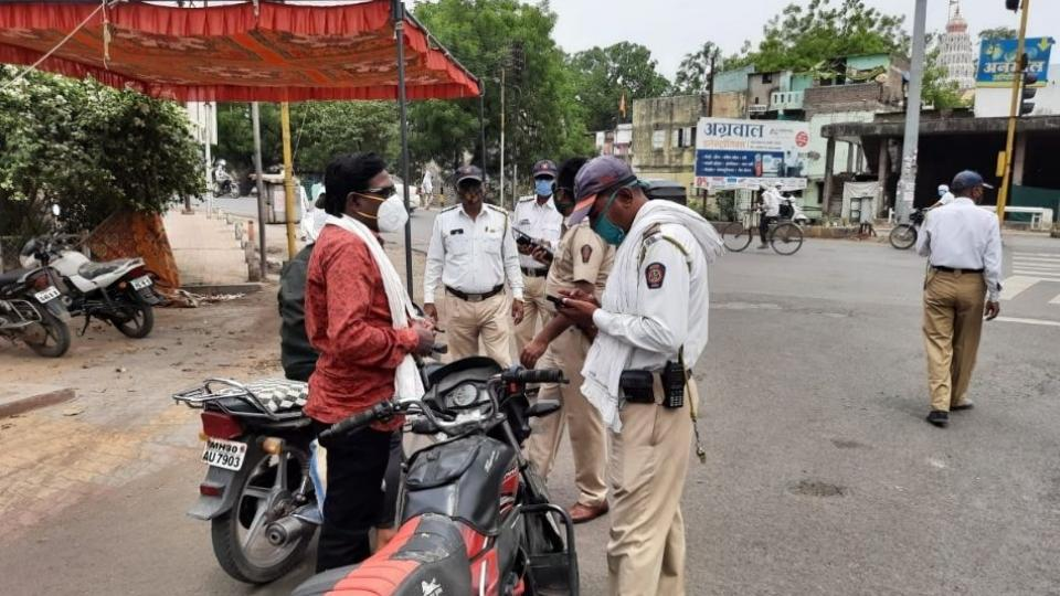 Action was taken against 8000 vehicles in Akola district
