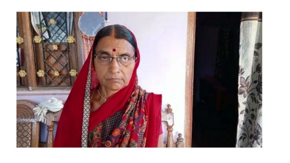 A 62 year old woman in Gondia received two doses of Covishield on the same day