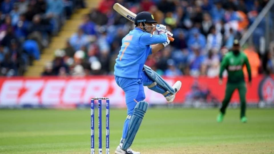 MSK Prasad confirms MS Dhoni is not retiring