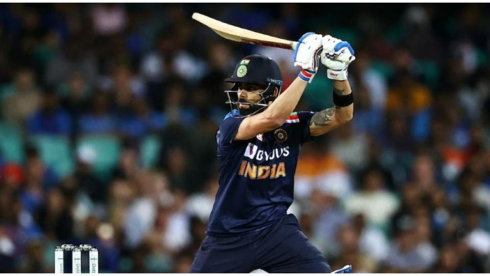 Virat Against Aus sakal.jpg