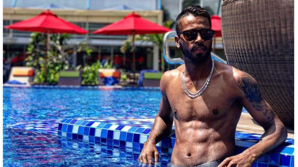 Hardik Pandya Shares a Throwback Pic With MS Dhoni and Ziva Goes Viral