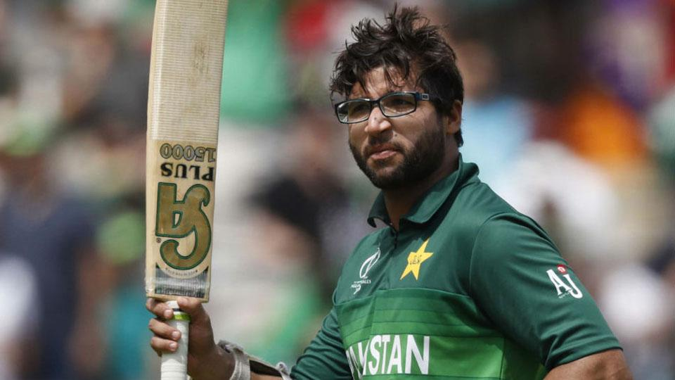 Pakistani cricketer chatting with girls Screenshots have gone viral