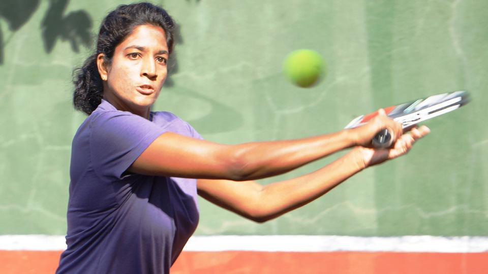 Arman Bhatia and Sai Sanhita advances to next round in AITA Tennis tournament