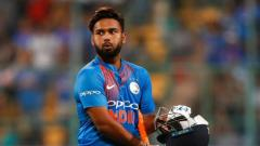Twitter erputs as Rishabh Pant fails yet again