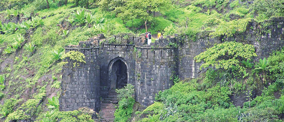 Raigad Fort will soon be international tourist spot