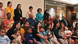 Kovind interacts with parents of infants in the Philippines who underwent liver transplant in India