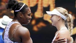 Federer, Serena start with easy wins on opening day