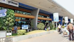 Pune Airport asks passengers to cooperate with traffic wardens