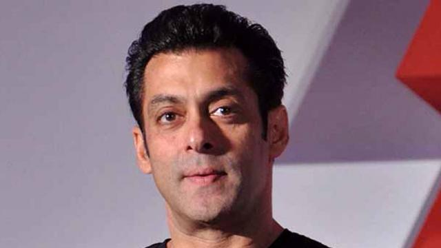 Salman Khan will provide financial support to 25,000 daily wage workers in the film industry
