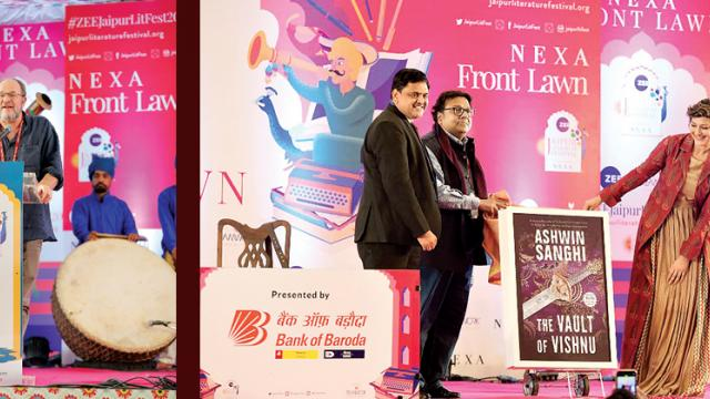 'Literature is alive and is loved in India'